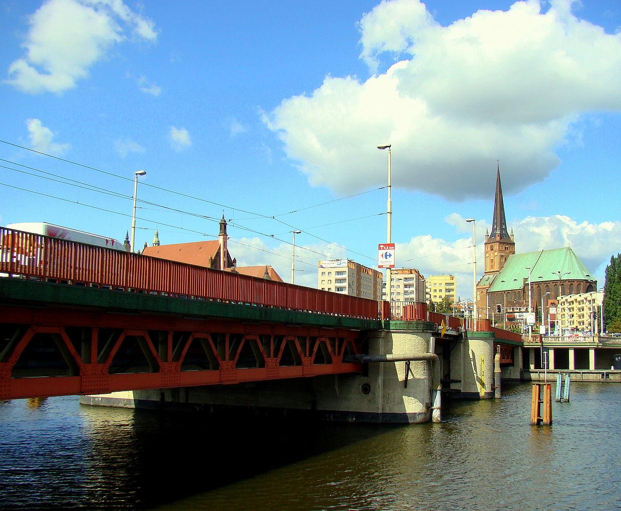 Jak poruszać się po mieście bez mostu długiego?