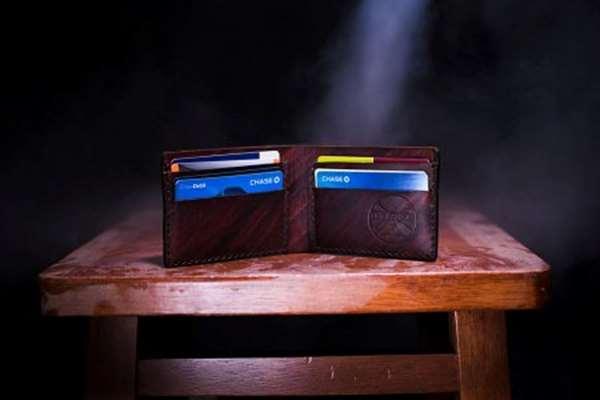 Czy za pomocą karty kredytowej można wziąć pożyczkę?