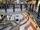 Poczta Polska wraca do galerii handlowych i wydłuża godziny pracy placówek