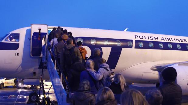 Poleciał samolotem z Gdańska do Krakowa, LOT twierdzi, że wcale nie wsiadł na pokład