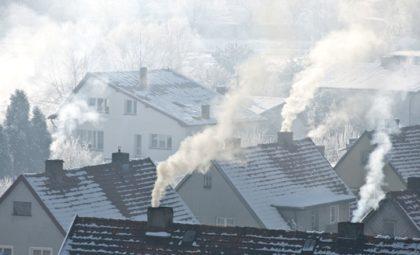 Smog wisi nad Polską. Jedna z najgorszych sytuacji panuje obecnie w Małopolsce