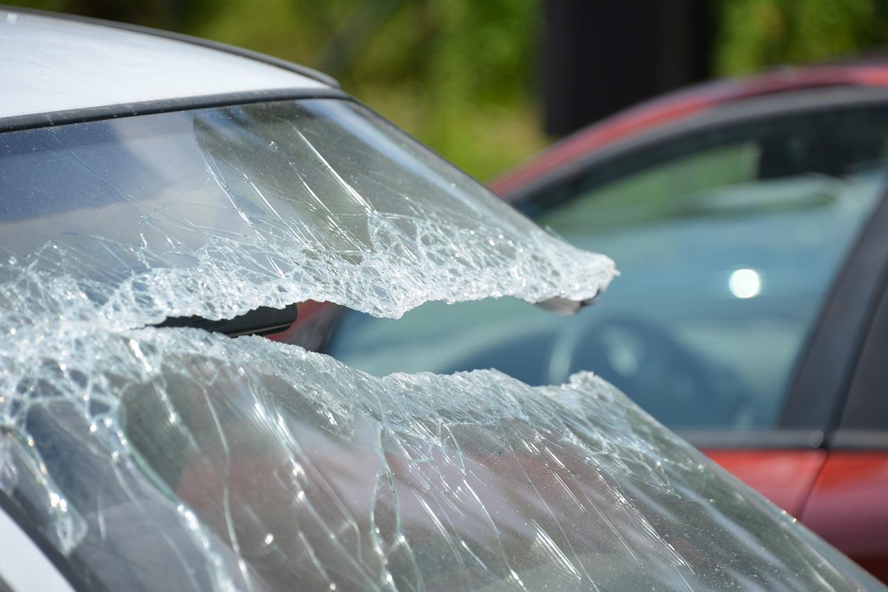 Świąteczne wypadki na drogach