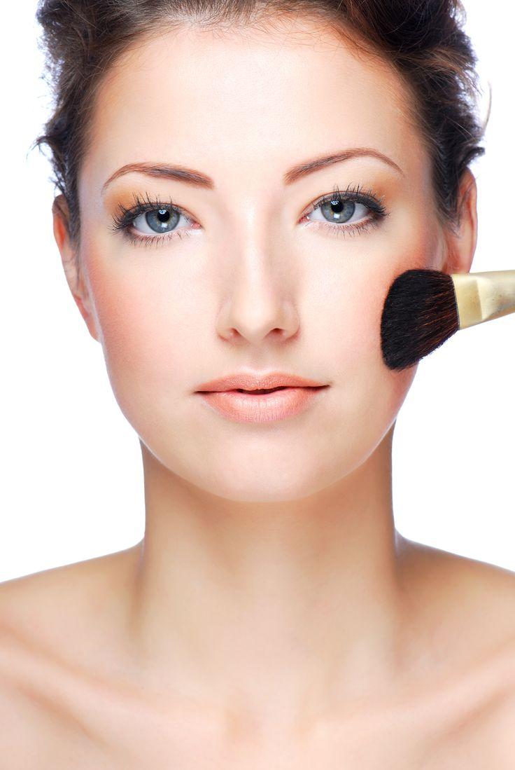 Nieskazitelna twarz w kilka chwil – sekrety doskonałego makijażu
