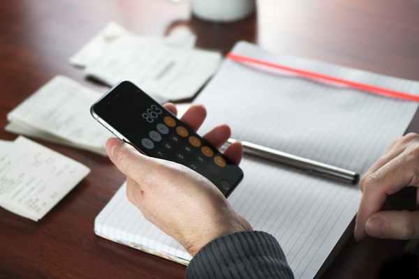 Zdolność kredytowa. Jak liczą ją banki? Jak ją poprawić?