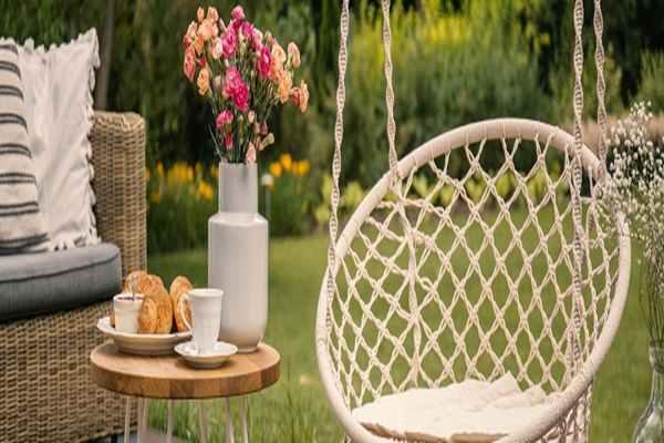 Meble ogrodowe, których zakup warto rozważyć