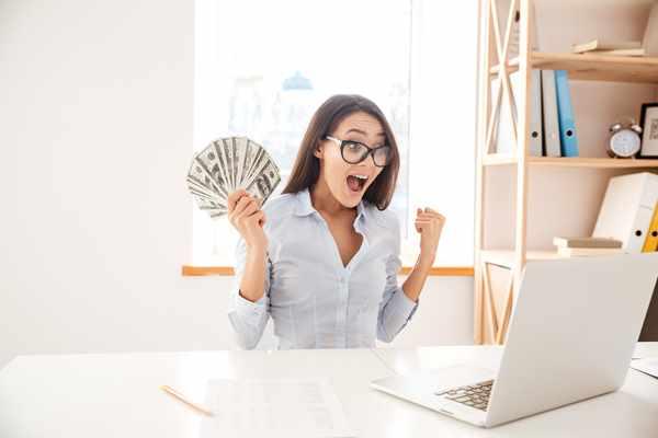 Kredyty bez bik Ciężkowice  zawnioskuj i wyślij sms o treści: WNIOSEK na 7393 (3.69 zł za sms)