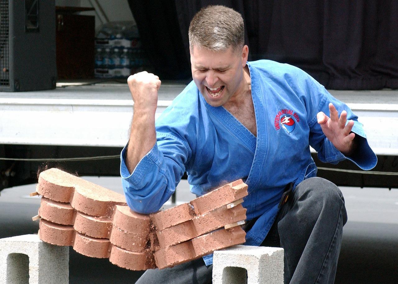 Brakuje wiz dla zawodników karate?