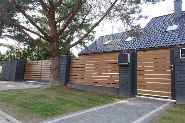 Bramy i ogrodzenia – wybór i zakup