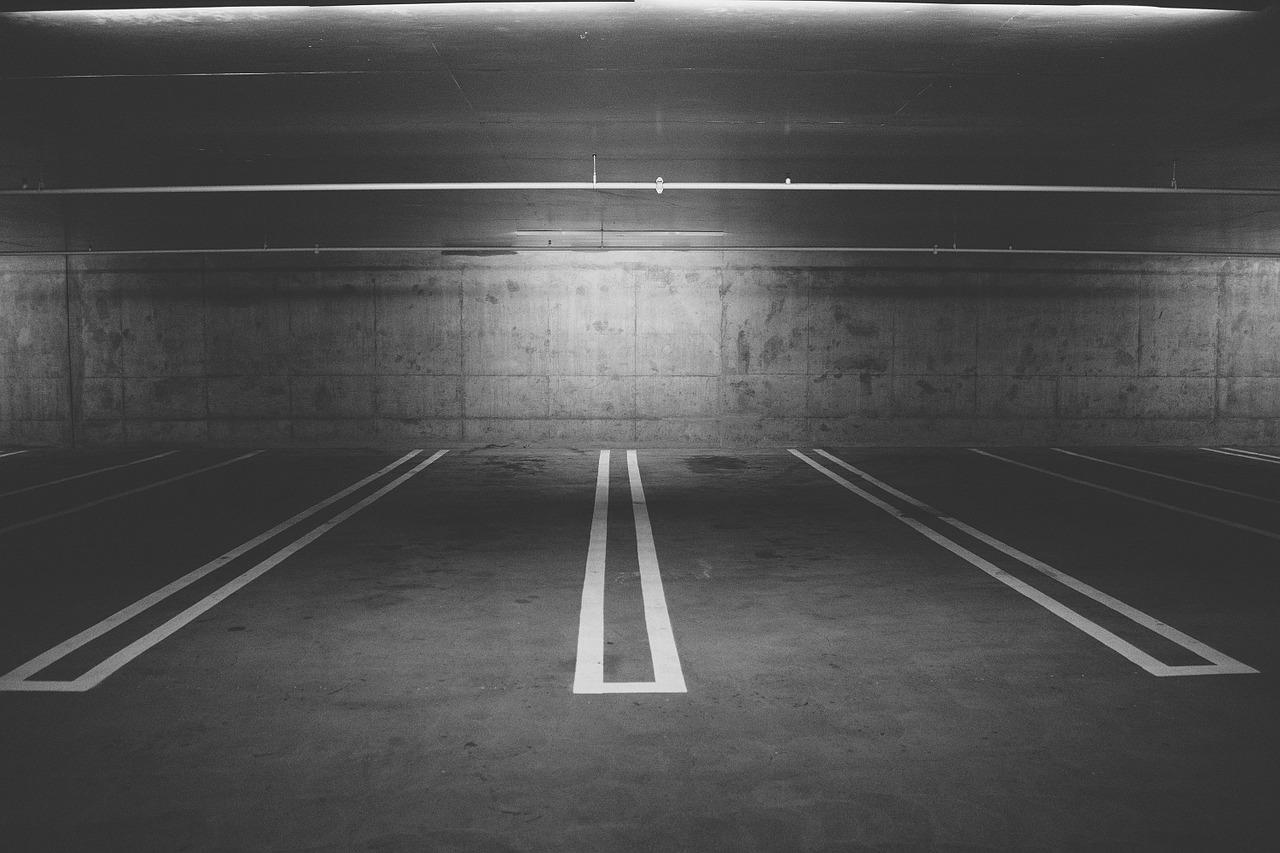 Gdzie Krzystek chce postawić parkingowiec?
