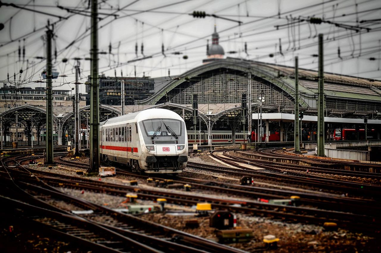Niższe ceny za jazdę pociągami Przewozów Regionalnych!
