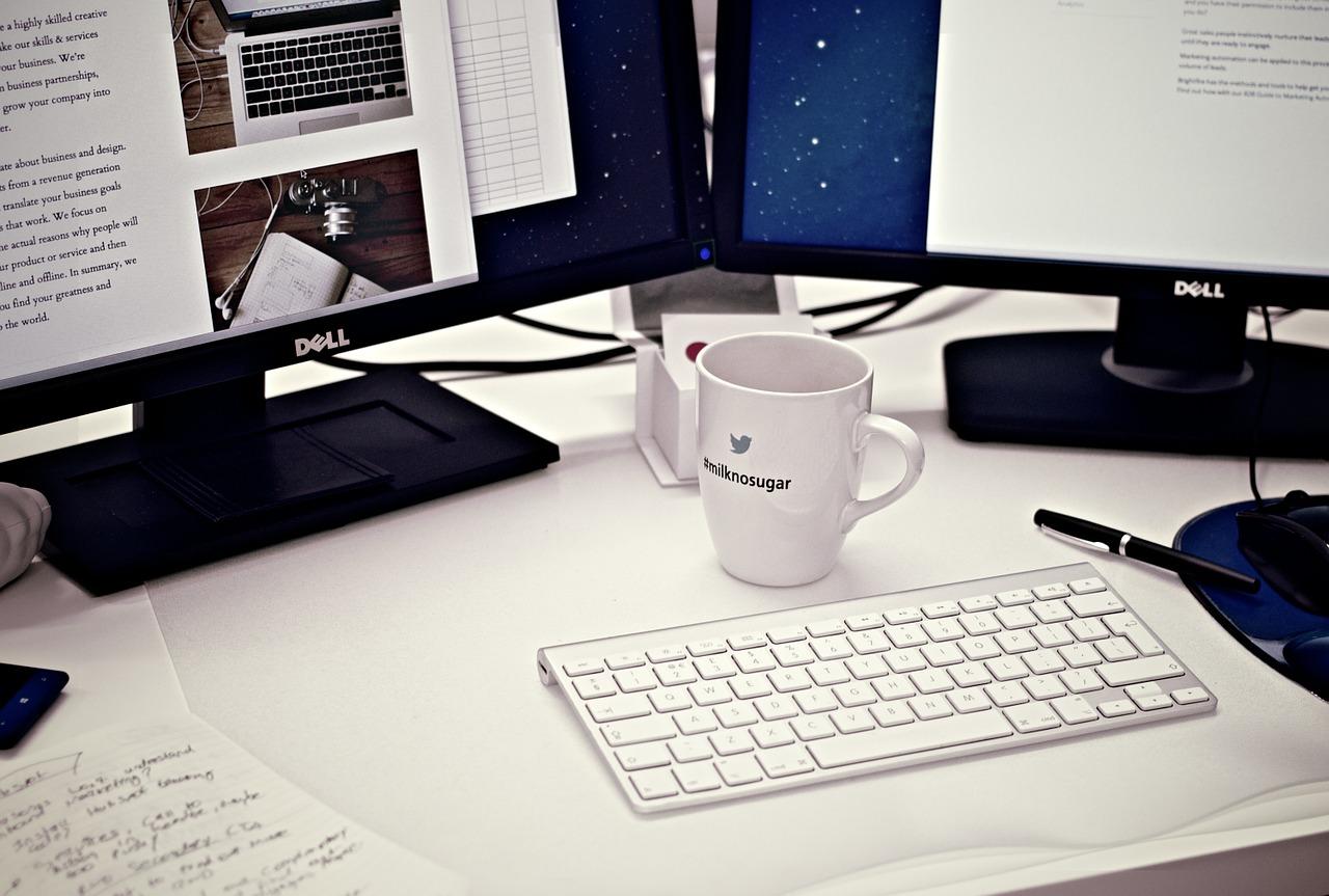 Jak prowadzić firmę przez internet?